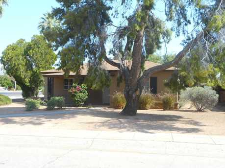 302 E Alvarado Road - Photo 1