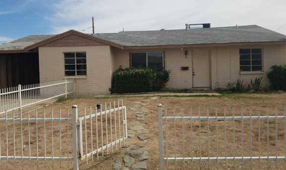 3015 N 38th Drive - Photo 1
