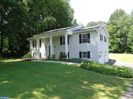 20 Raleigh Dr - Photo 1