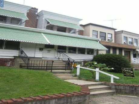 243 Jackson Ave - Photo 1