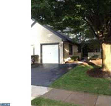 940 Hedgerow Ct - Photo 1