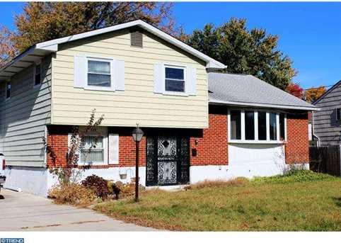 323 Monroe Ave - Photo 1