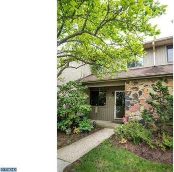 204 Clover Hill Ct - Photo 1