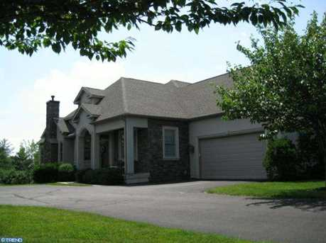 205 Country Club Dr - Photo 1