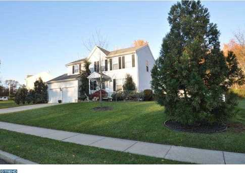 3 Amherst Dr - Photo 1