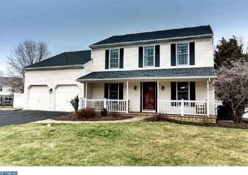 502 Donegal Ct - Photo 1