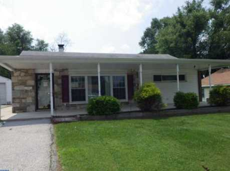 718 Renel Rd - Photo 1