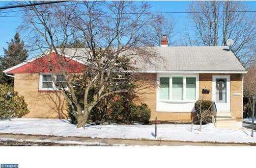 2645 Susquehanna Rd - Photo 1