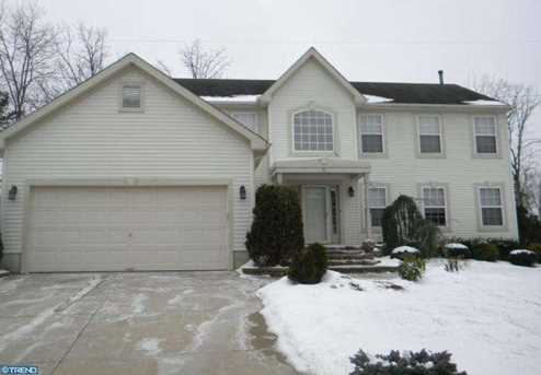 8 High Woods Ave - Photo 1
