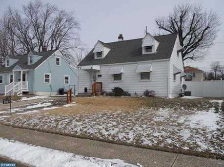 550 N Oakland Ave - Photo 1