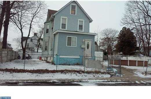 221 S 33rd St - Photo 1