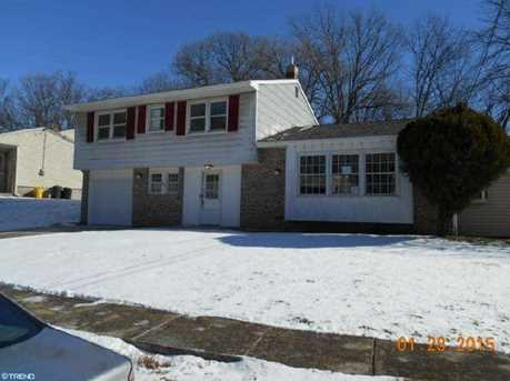 6108 Hollinshed Ave - Photo 1