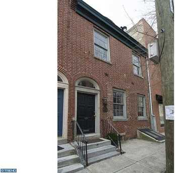 248 Catharine St - Photo 1