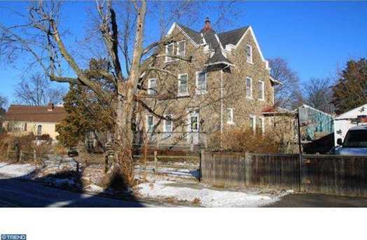 401 Highland Ave - Photo 1
