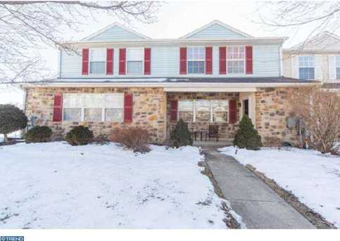 416 Devon Ct - Photo 1