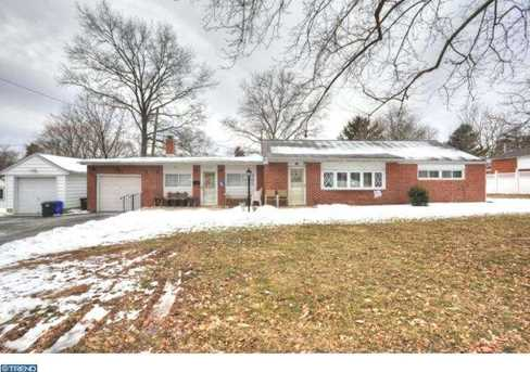 622 Renel Rd - Photo 1