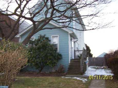647 Mohawk Ave - Photo 1