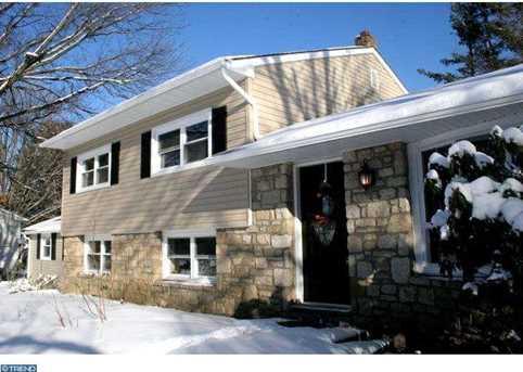 711 Oak Terrace Dr - Photo 1