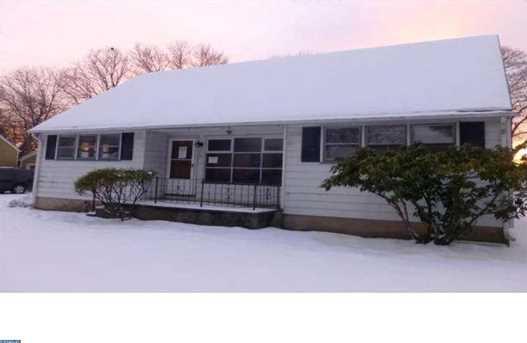 907 Edgewood Rd - Photo 1