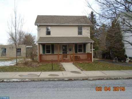 151 Edgehill Ave - Photo 1