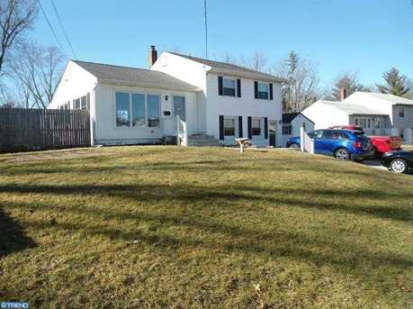 1 Plymouth Dr - Photo 1