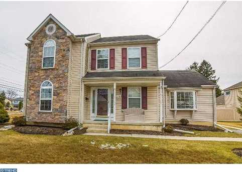 104 Overbrook Ave - Photo 1