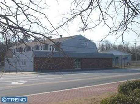 214 Lakehurst Rd - Photo 1