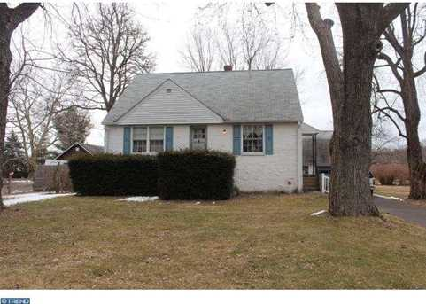 1019 Middle Rd - Photo 1