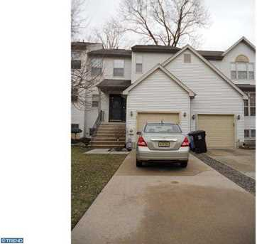 21 Woodstream Ct - Photo 1