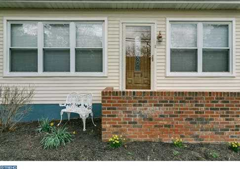109 Fairview Ave - Photo 1