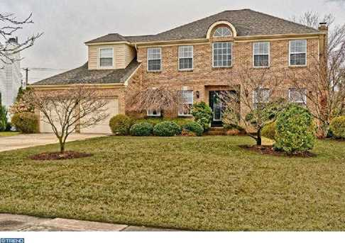8 Spring Mill Ct - Photo 1