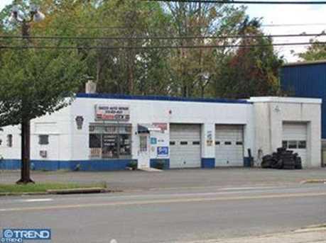 3022 Mount Carmel Ave - Photo 1
