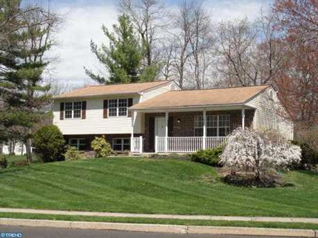 2700 Valley Woods Rd - Photo 1