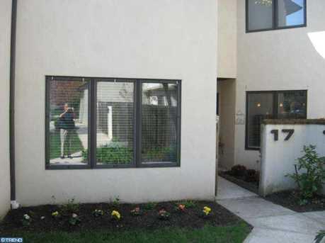 138 Montrose Ave #17 - Photo 1