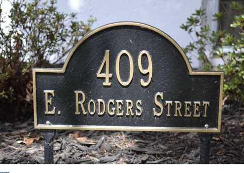 409 E Rodgers St - Photo 1