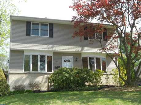 215 Cowbell Rd - Photo 1
