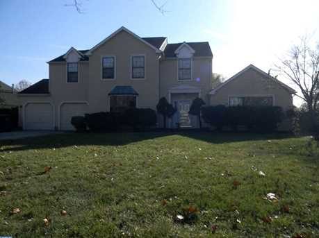 14 Westminster Dr - Photo 1