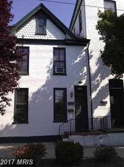 302 W. Burke Street - Photo 1