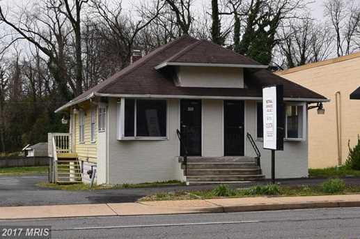 909 Broad Street - Photo 1