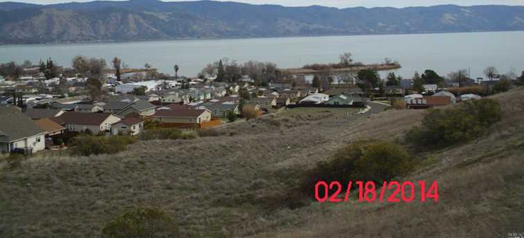 375 Lakeview Drive - Photo 3