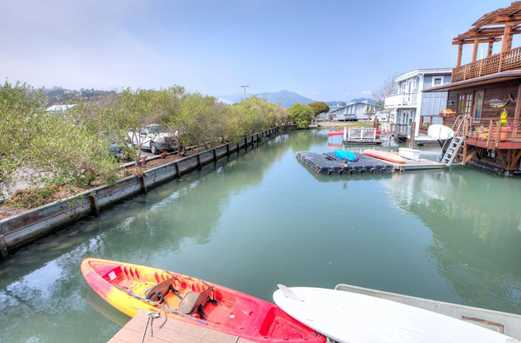 22 Yellow Ferry Dock Harbor - Photo 26