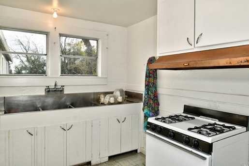 6530 Covey Rd - Photo 7
