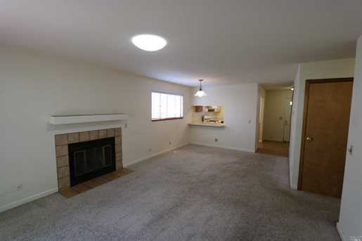 1705 Russell Ave - Photo 5