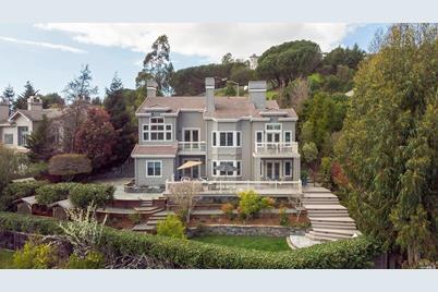 100 Monterey Drive - Photo 1