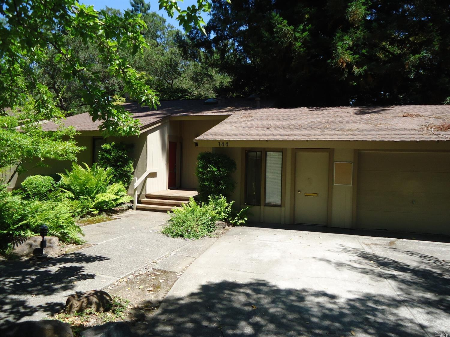 144 Bonnie Brook Dr, Napa, CA 94558 - MLS 21920453 - Coldwell Banker