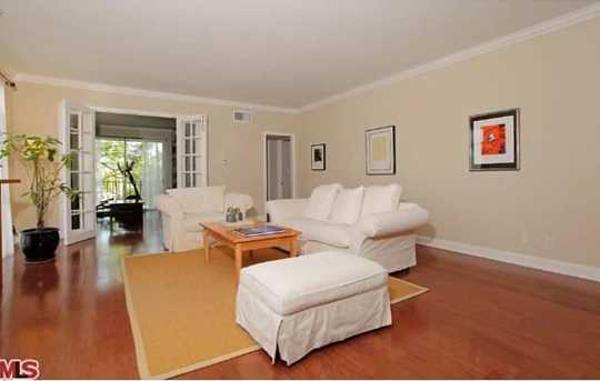 100 S Wetherly Dr #4 - Photo 1