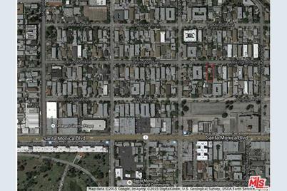 5646 Lexington Ave - Photo 1