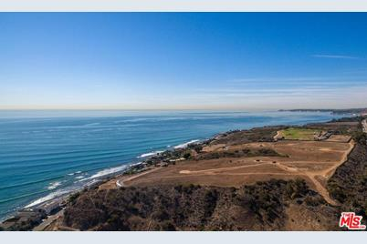 24108 Pch, Malibu, CA 90265 - MLS 16-185668 - Coldwell Banker