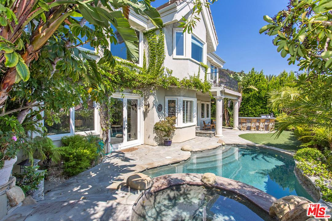 16822 via la costa pacific palisades ca 90272 mls 17 for Where is pacific palisades