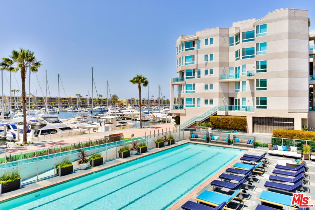 13900 marquesas 2511 way 2511 marina del rey ca 90292 for Marina del rey apartments for sale